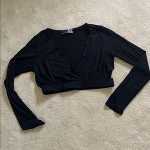 NWOT Long sleeve cropped v neck